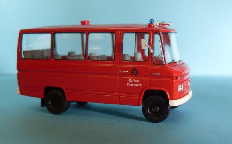 John - Meine BLAULICHTSAMMLUNG / MB O 309 Berliner Feuerwehr 1:87 Sdc14015