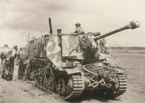 Wespe Sd Kfz 124 Canon_10