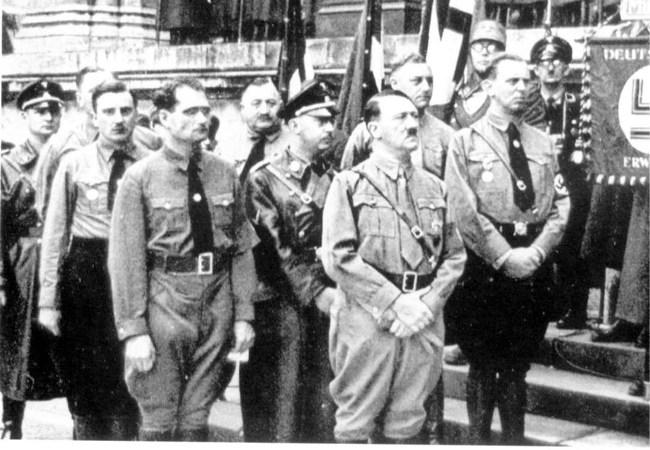 CHAMBRE À GAZ CAMP DE CONCENTRATION Hitler10