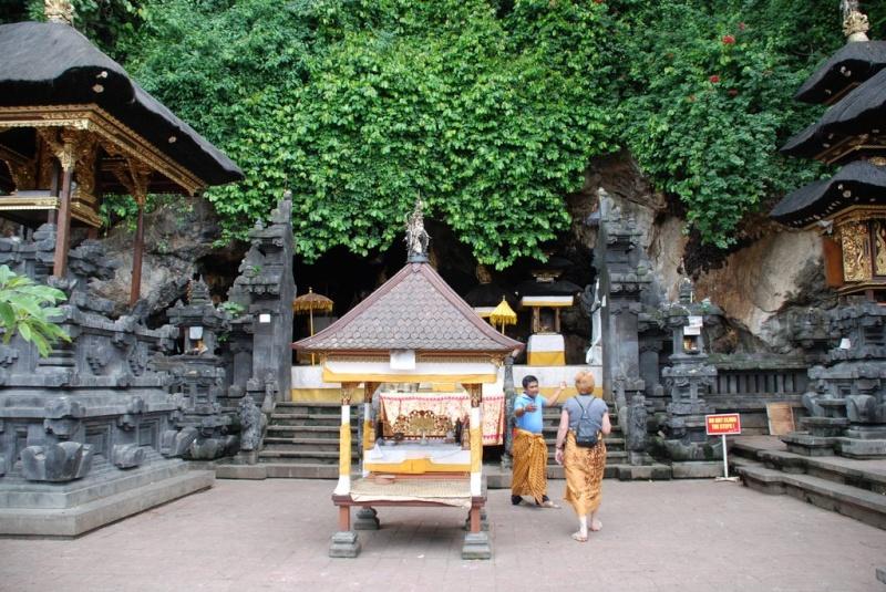 [Indonésie] -  Temple de Goa Lawah Bali 17931410