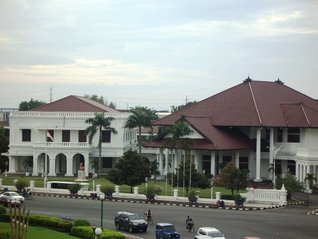 [Indonésie] - Pensions de la Paix (Tugu Muda Semarang) 19566511
