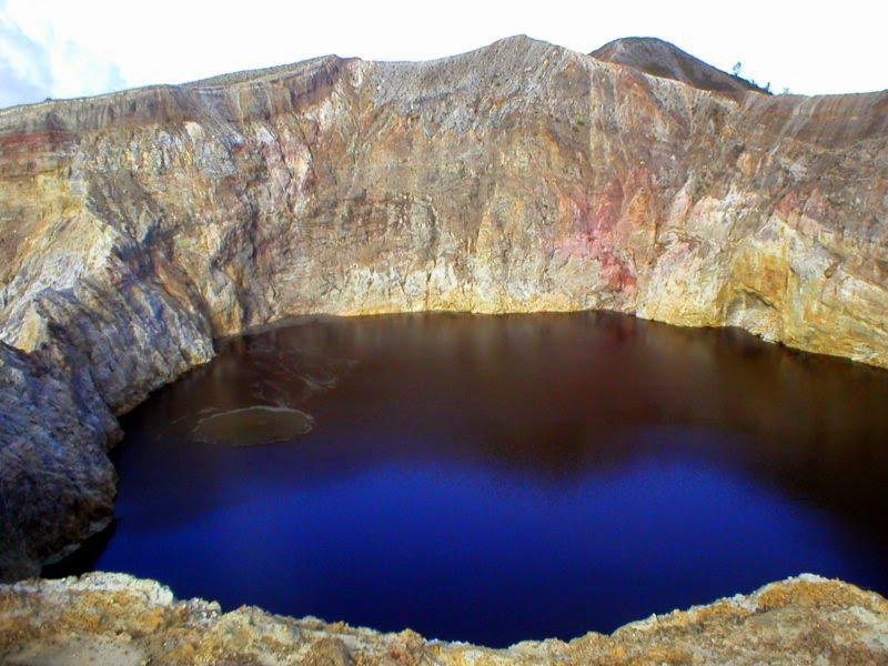 [Indonésie] - Cratère du Kelimutu (Ende Florés) 28405210