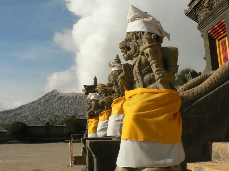 [Indonésie] - Pura Luhur Poten Bromo 33772710