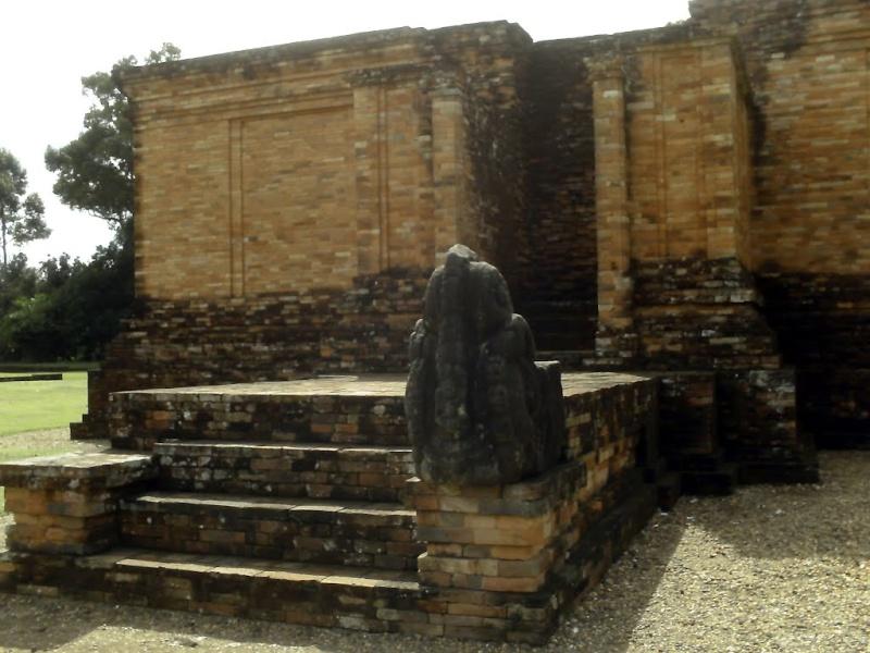 [Indonésie] - Temple de Muaro Jambi 77573410
