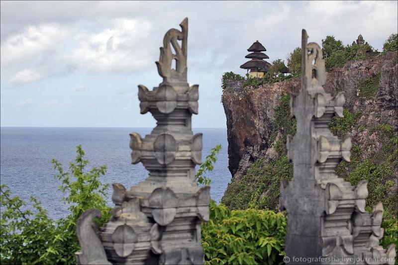 [Indonésie] - Temple Uluwatu  84828910