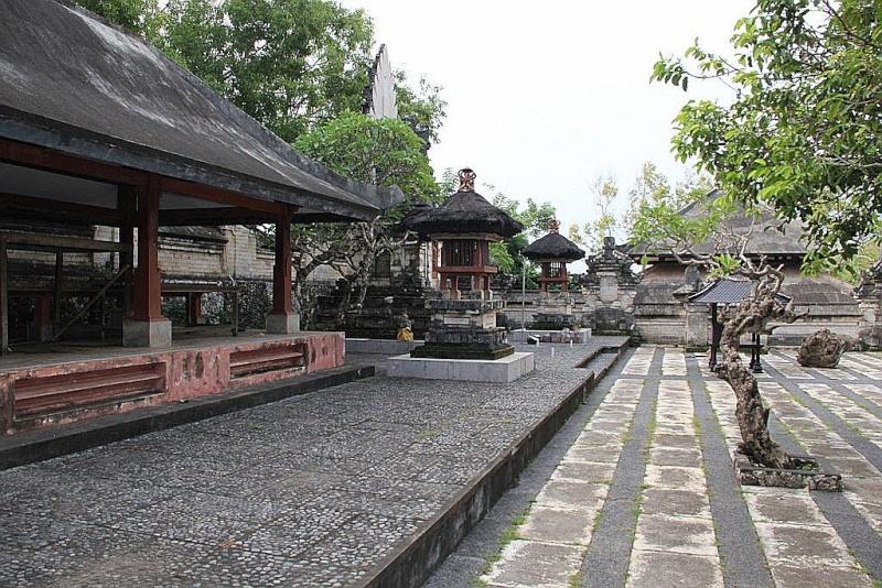 [Indonésie] - Temple Uluwatu  87338610
