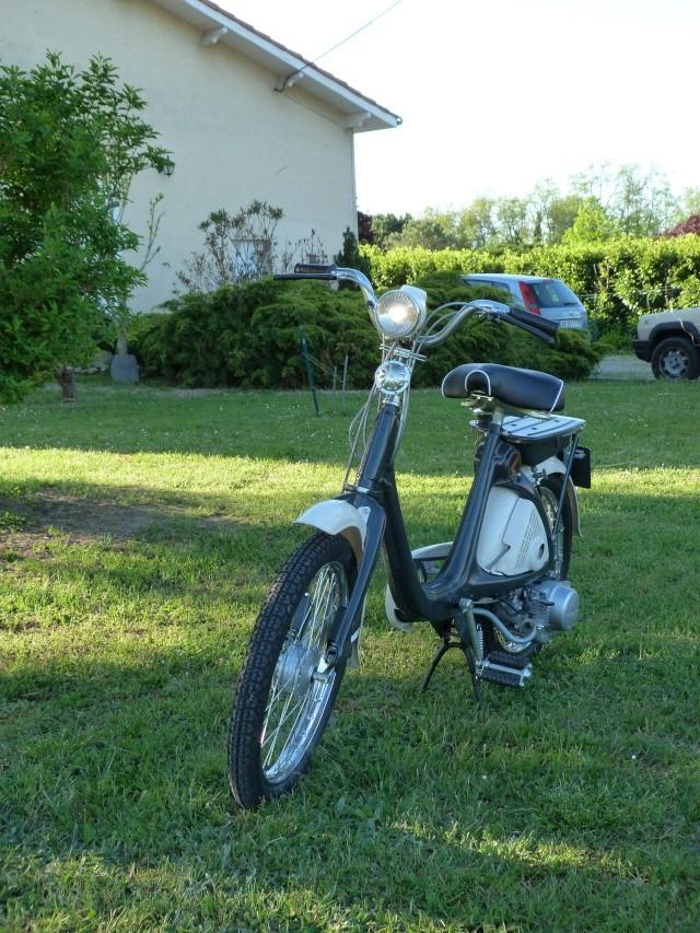 Honda P50, le coléoptère au moteur dans le... P1030213