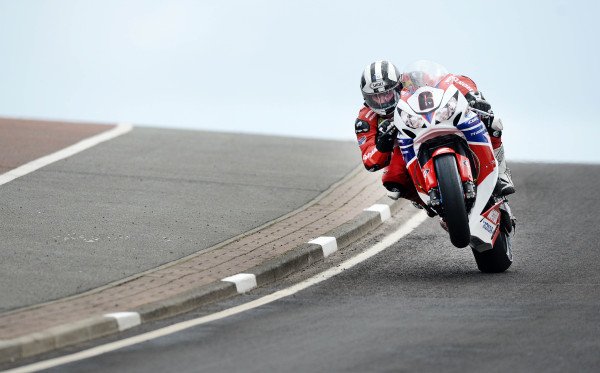 [Road Racing] North West 200 2013 77018410