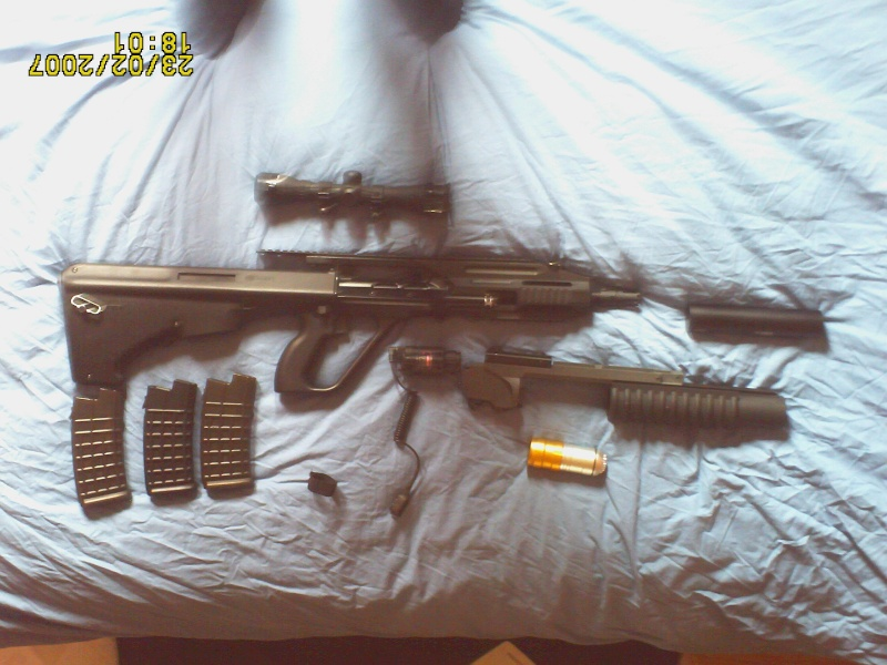 mon steyr aug A3 lance grenade Pict0010