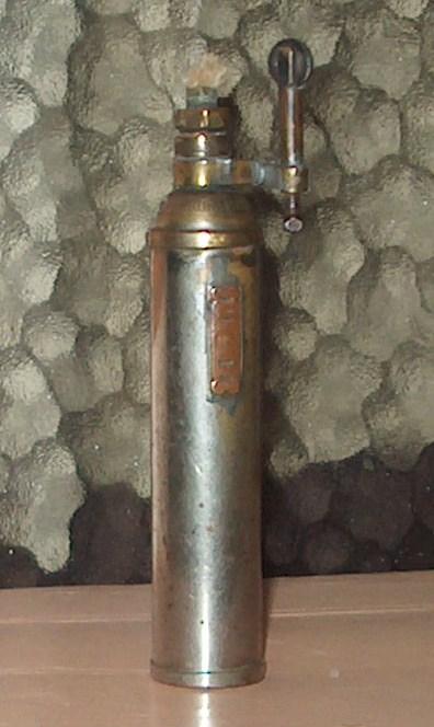 essence - Vieux briquets à essence 020_co10
