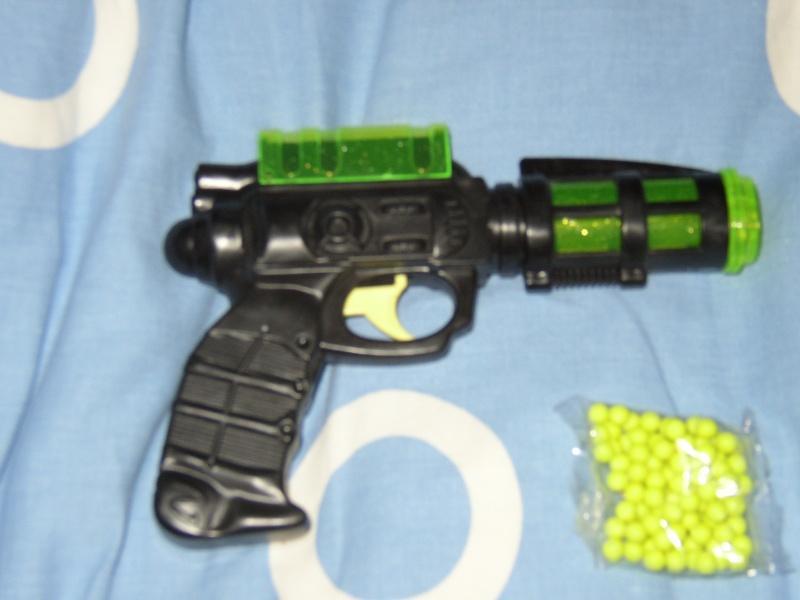 le pistolet de l espace P1010011