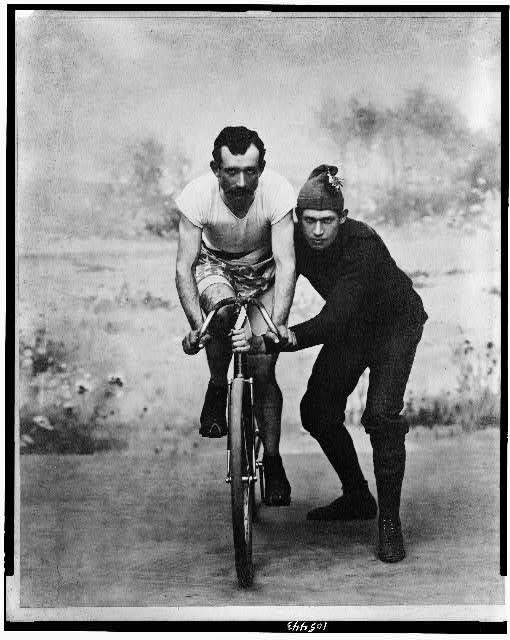 """""""La bicicletta nel tempo"""" 2210"""