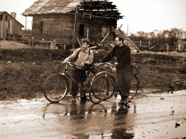 """""""La bicicletta nel tempo"""" - Pagina 2 Russia10"""