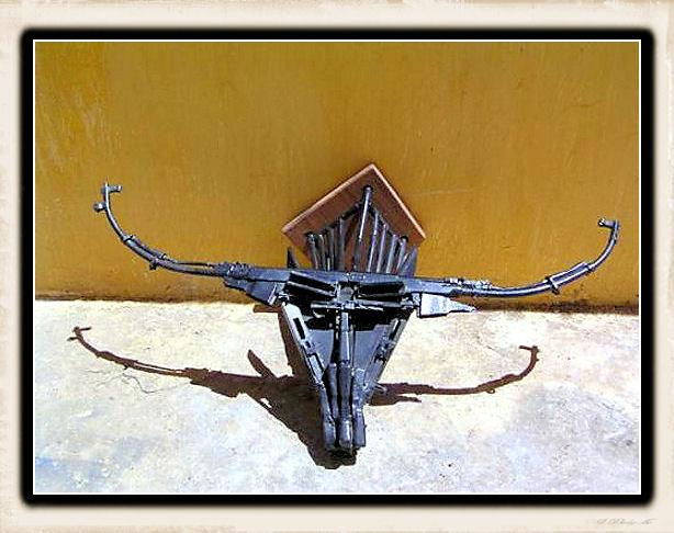 Sculture fatte con le armi - Pagina 2 Weapon38