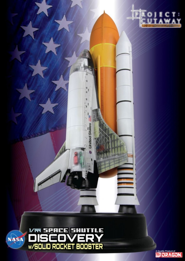 Space Shuttle Discovery cutaway w/solid rocket booster [ 1/144 Dragon] B_cut410