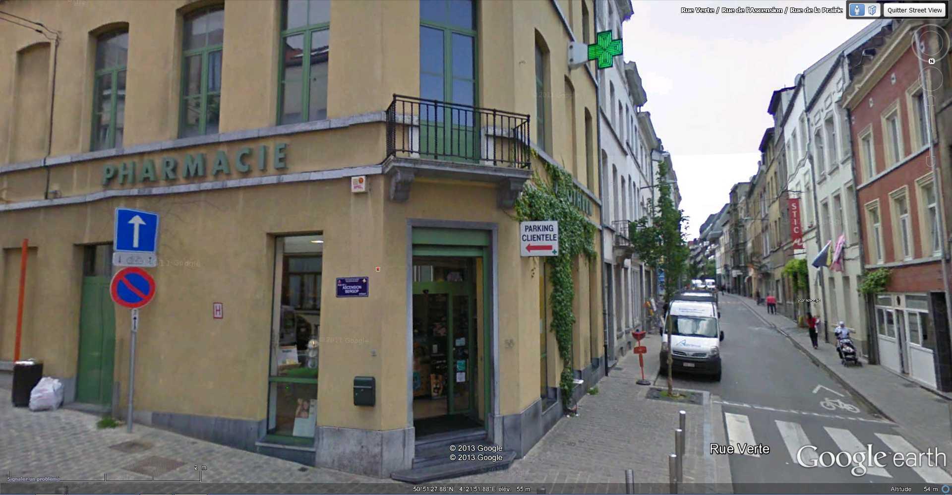STREET VIEW : bâtiments insolites, hors normes, connus... - Page 4 2013-072