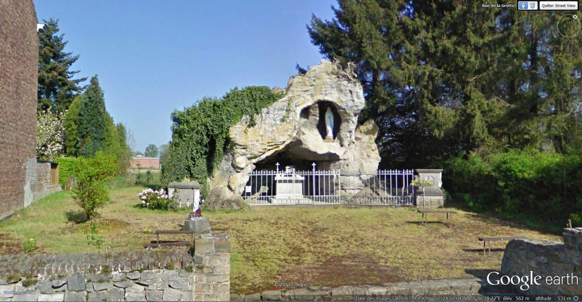 Les répliques de la grotte de Lourdes 2013-114
