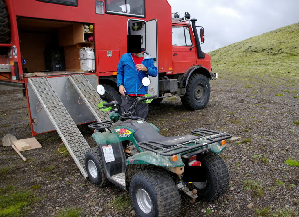 A vendre UNIMOG 1300L Camping-car Imgp3010