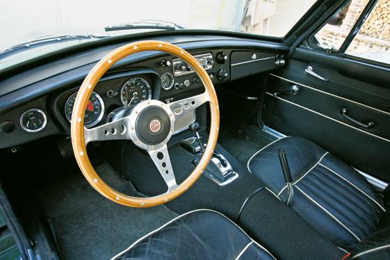 """Gli  """"interni"""" delle Maserati di oggi: che ne pensate?  - Pagina 3 Rcl07111"""