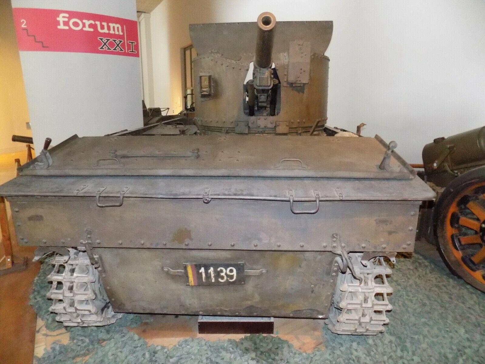 Le V.C.L. T.13 B un nouveau type de véhicule au service des Chasseurs Ardennais: Tome 1 16110