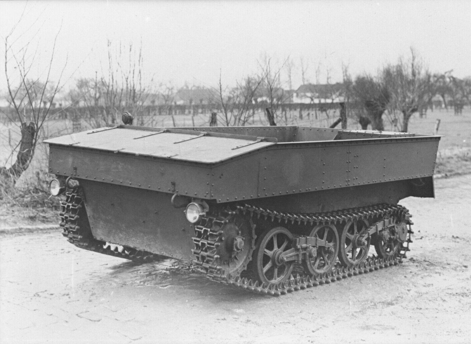 Le V.C.L. T.13 B un nouveau type de véhicule au service des Chasseurs Ardennais: Tome 1 3410
