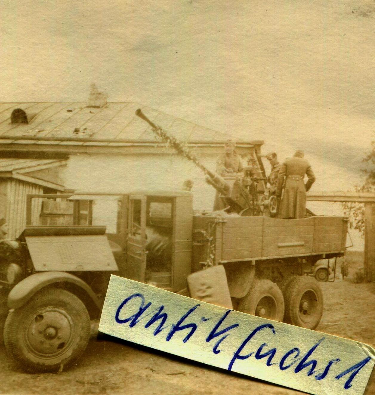 Quelqu'un reconnait ce camion? S-l12036