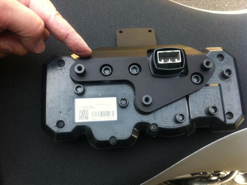 Support GPS Garmin d'origine Yamaha - Page 2 710