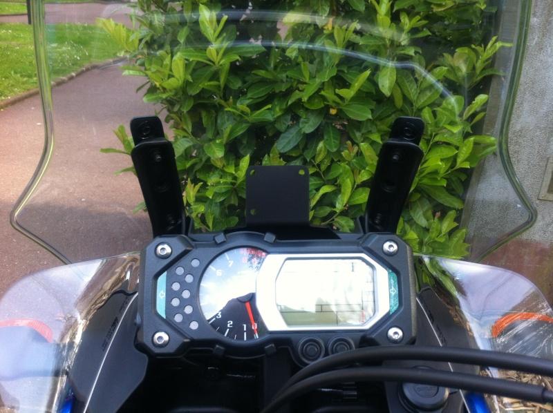 Support GPS Garmin d'origine Yamaha - Page 2 810