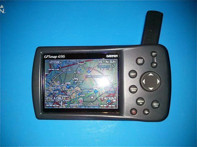 [VENDU] GPS Garmin 496 2013-021