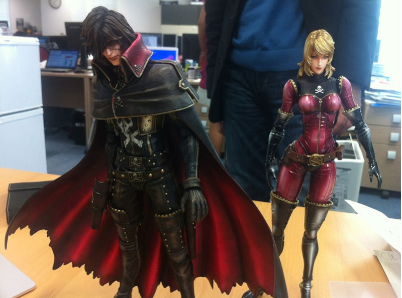 Space Pirate Captain Harlock / Play Arts Harlock & Esmeralda / Square Enix (???) Oksy_a10