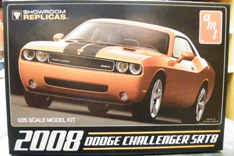 Dodge Challenger SRT8  Challe10