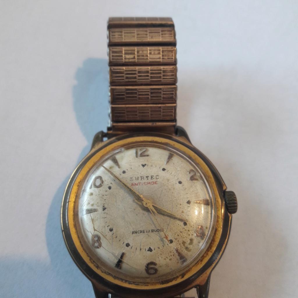 ZENITH -  [Postez ICI les demandes d'IDENTIFICATION et RENSEIGNEMENTS de vos montres] - Page 5 20190312