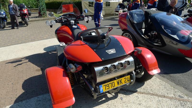 Fête de la moto a Belvès le 26 5 2013 P1000415