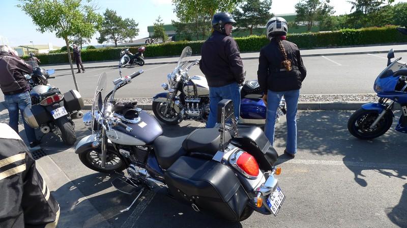 Fête de la moto a Belvès le 26 5 2013 P1000418