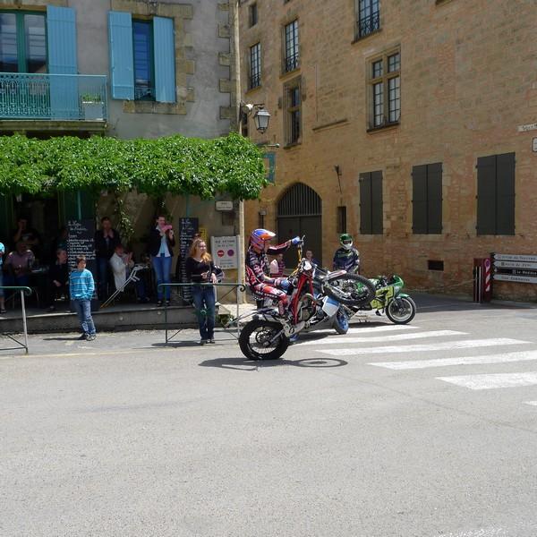 Fête de la moto a Belvès le 26 5 2013 P1000429