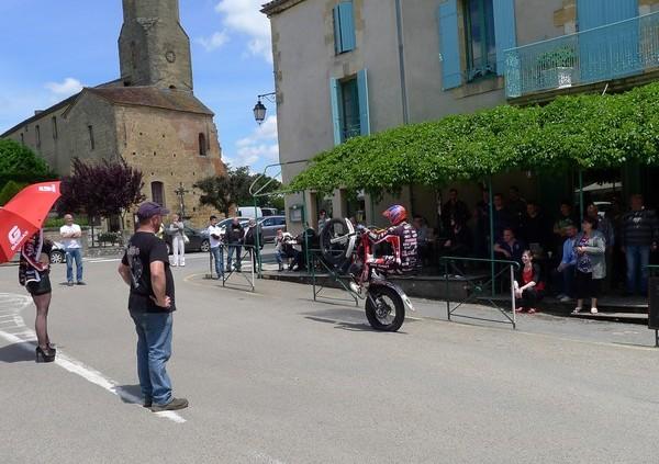 Fête de la moto a Belvès le 26 5 2013 P1000430