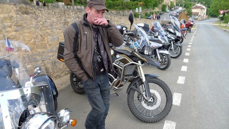 Fête de la moto a Belvès le 26 5 2013 P1000433