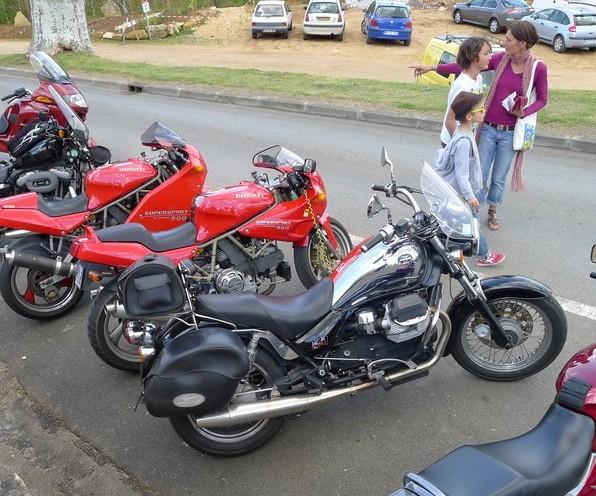 Fête de la moto a Belvès le 26 5 2013 P1000436