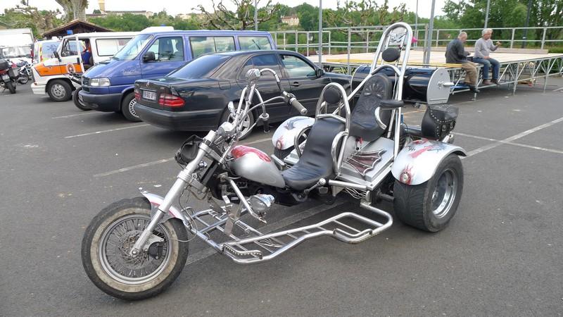 Fête de la moto a Belvès le 26 5 2013 P1000439