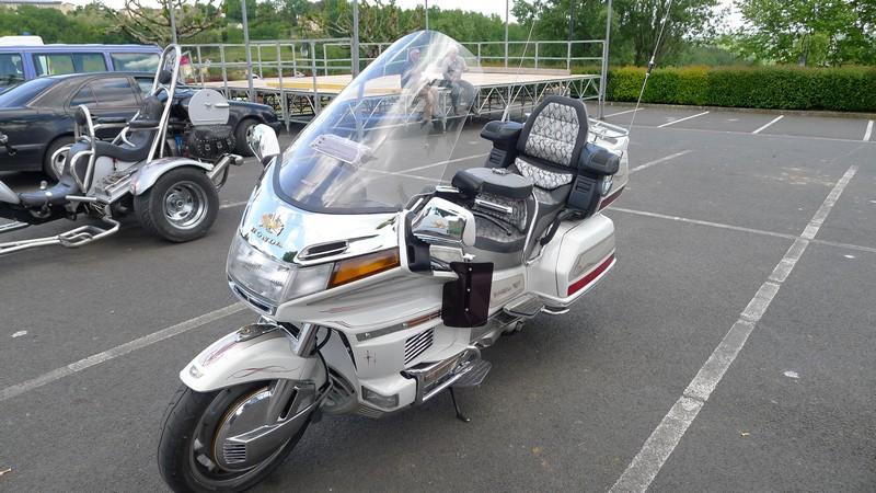 Fête de la moto a Belvès le 26 5 2013 P1000440