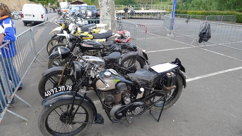 Fête de la moto a Belvès le 26 5 2013 P1000442