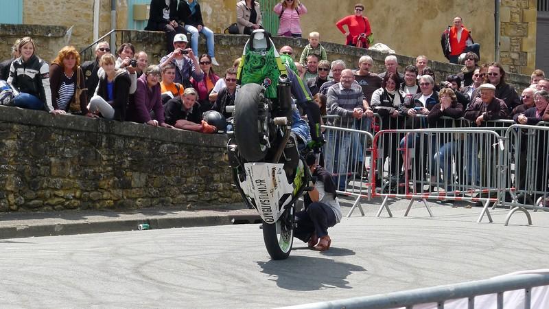 Fête de la moto a Belvès le 26 5 2013 P1000446