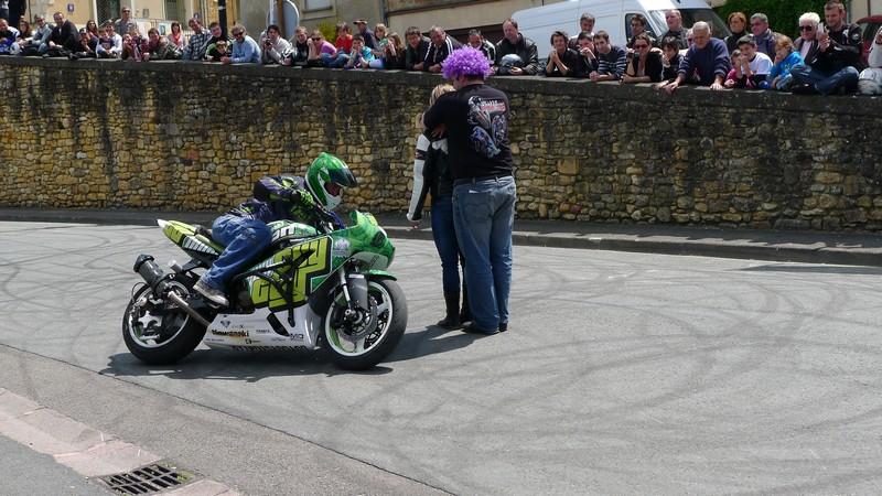 Fête de la moto a Belvès le 26 5 2013 P1000449