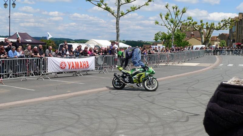 Fête de la moto a Belvès le 26 5 2013 P1000451