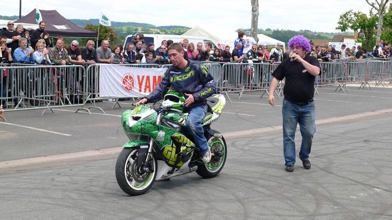 Fête de la moto a Belvès le 26 5 2013 P1000453