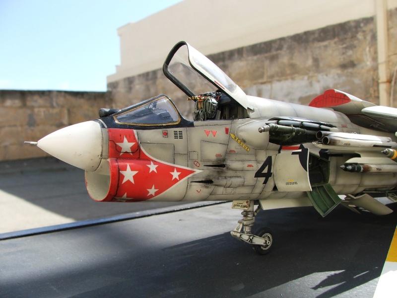 1/32nd F-8E Crusader - Page 10 Dscf3012