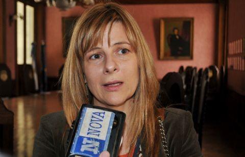 La Plata: Leyes sin cumplir y desvío de mercadería en la Facultad de Periodismo. 00115