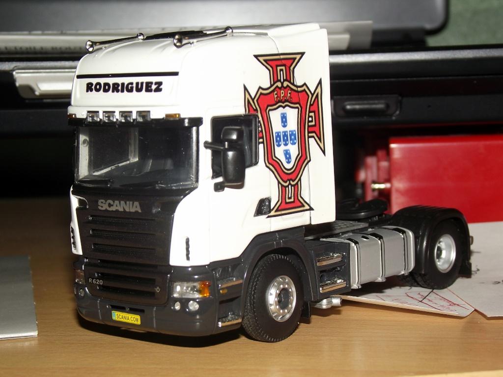 Miniatures camions 1/50 et 1/43 de David 36. 001110