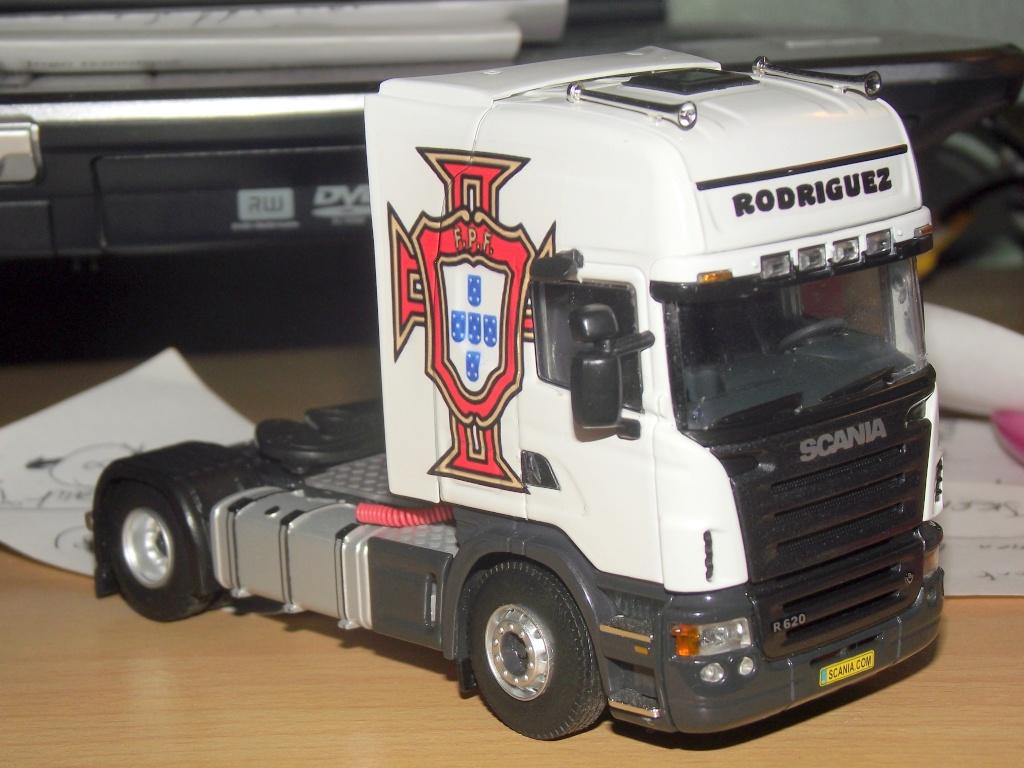 Miniatures camions 1/50 et 1/43 de David 36. 001210