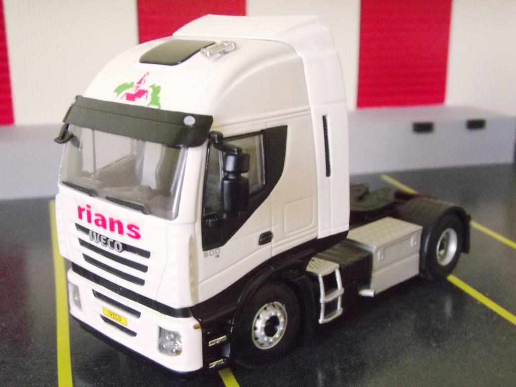 Miniatures camions 1/50 et 1/43 de David 36. Strali16